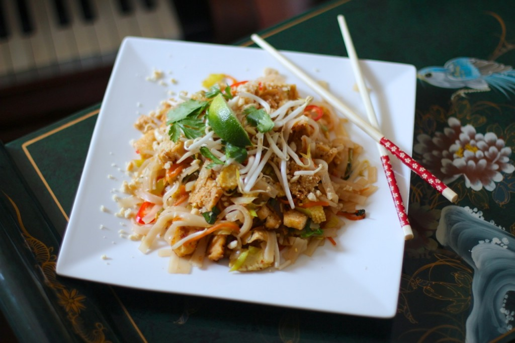 Cheats Pad Thai ! (VEGAN, egg free, dairy free, gluten free) Sign up to Plantified.com to get a FREE VEGAN AQUA FABA MOUSSES RECIPE E-BOOK
