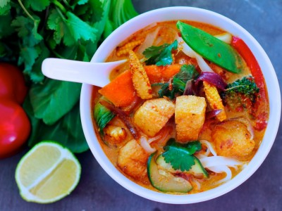 Thai Fragrant Red Curry Soup with Tofu Puffs.
