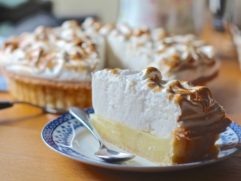 The Ultimate Vegan Lemon Meringue Pie