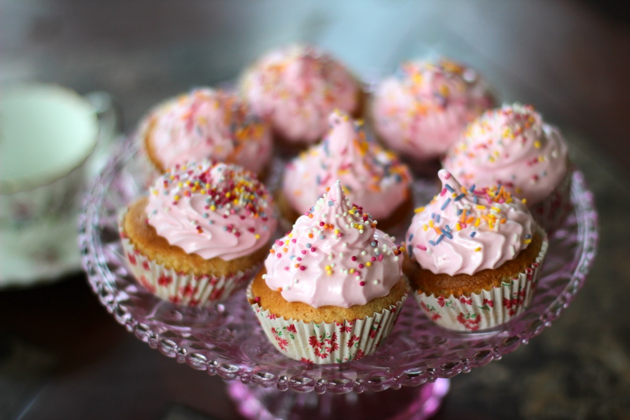 Strawberry Filled Marshmallow Cupcakes